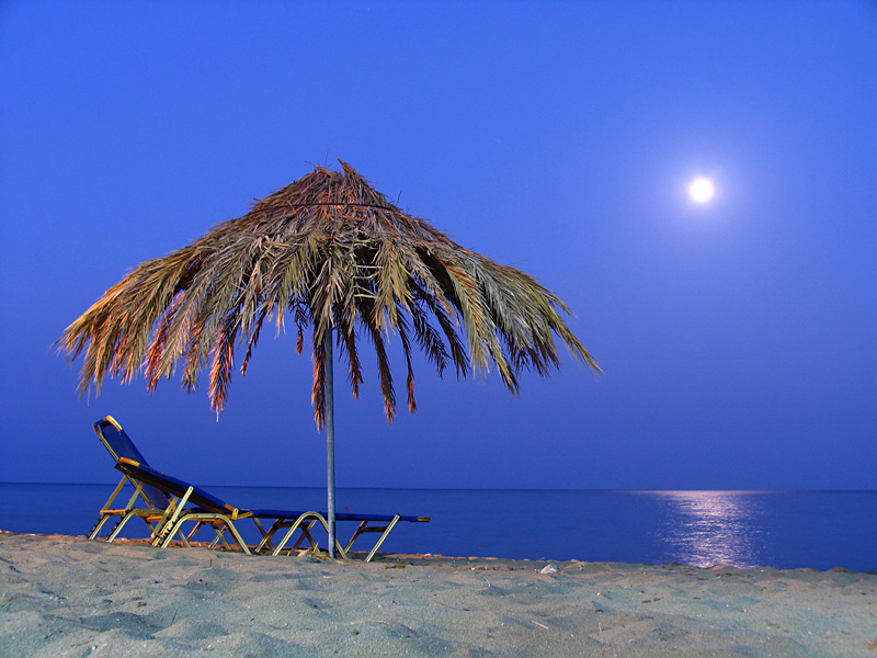 Moonrise on Crete